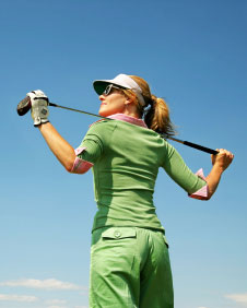 golfer female3 Use Golf Psychology to Banish your Fear of Losing 
